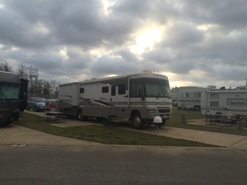 EZ DAZE RV Park - Southaven, Mississippi